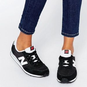 New Balance 410 Black And White Trainers